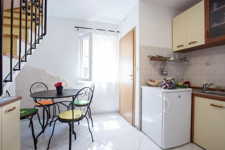 Charming apartment Split center -next to Old Town