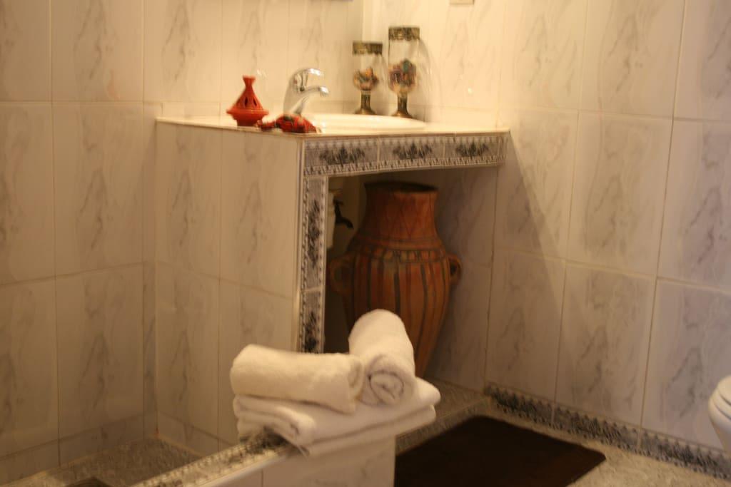 Salle de bain - Chambre Rajae