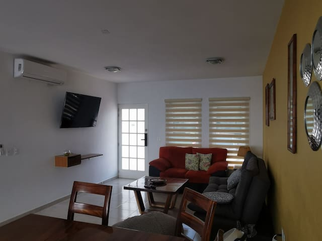 Sala pantalla aire acondicionado
