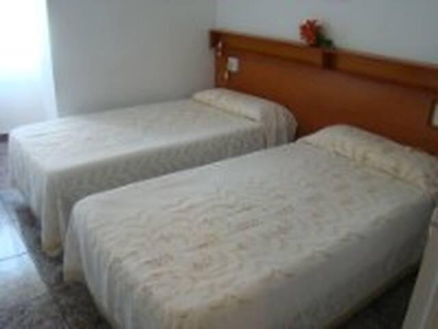 Habitaciones privadas con baño propio - San Pedro del Pinatar - Wohnung
