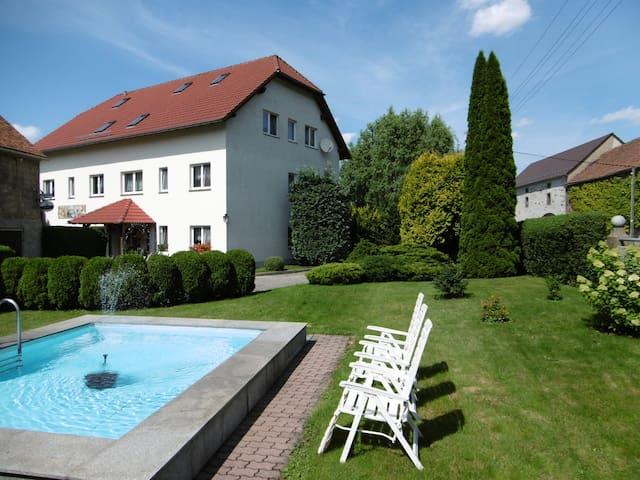 Hochkirch Landhotel mit Pensionscharackter