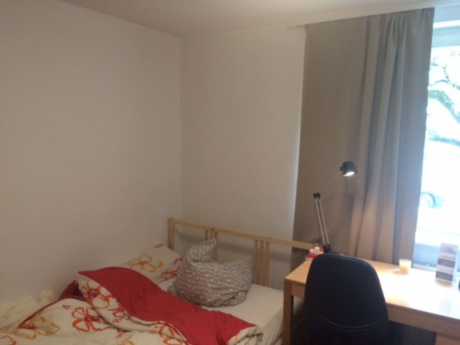 Schlafecke mit 1,40 m Bett