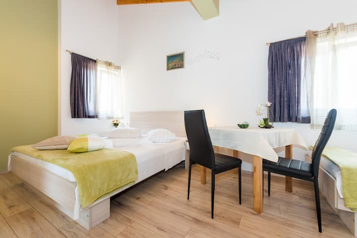 Studio Apartment in Guesthouse Miranda