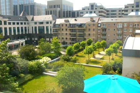 Renting a room of 13 m2 - Saint-Josse-ten-Noode - Apartment