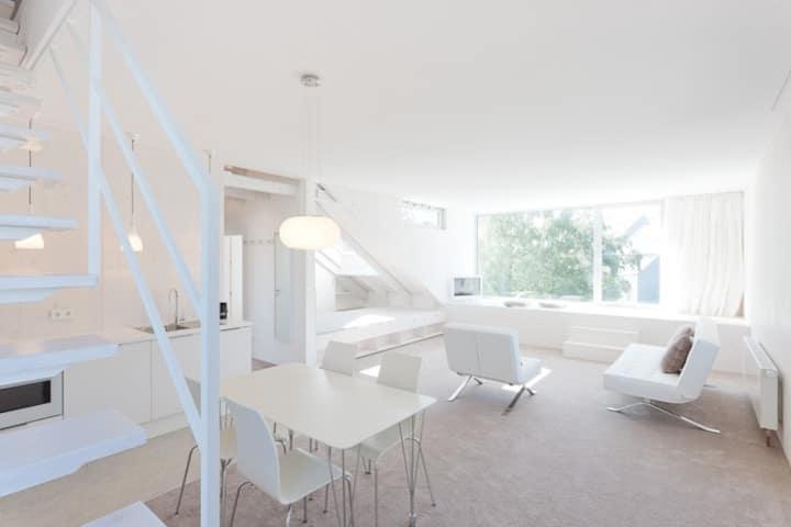 Beautiful suite in Oberkassel. Your
