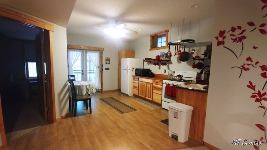 PINE RIDGE HAVEN - Get Away Apartment