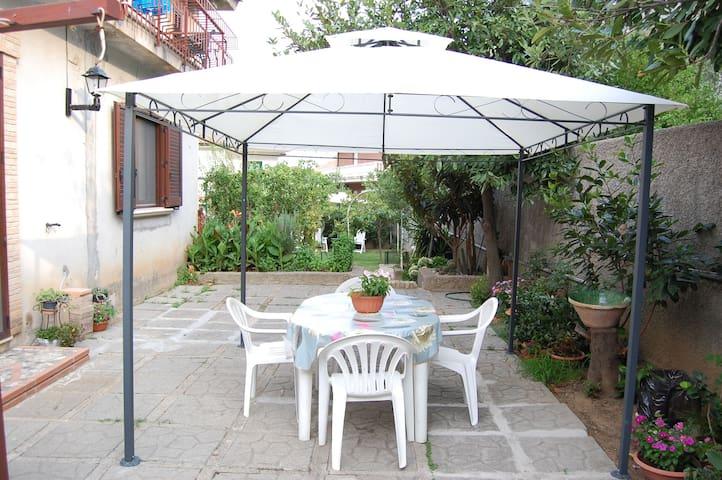 Villa Francesca- Stanza Dei Colori - Soverato Marina - Casa