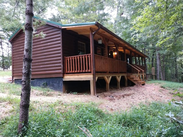 Wood Haven Cabin in Mills River NC