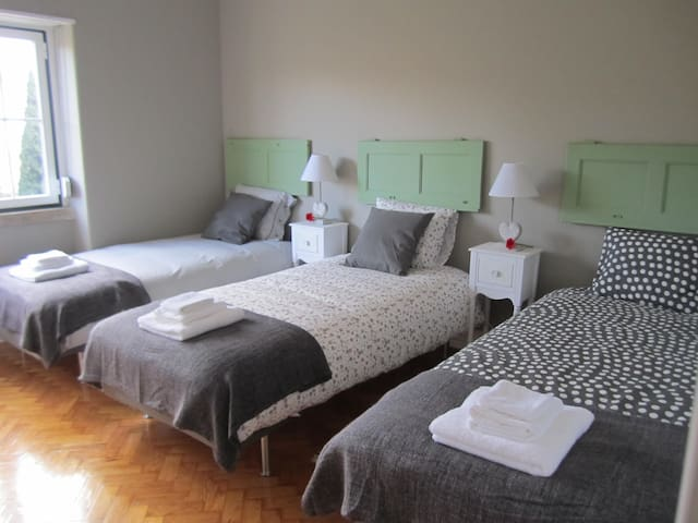 Triple Room - Alvalade II Guest House