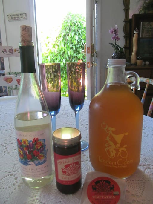 Local wines are included. Breakfasts feature locally sourced food products.