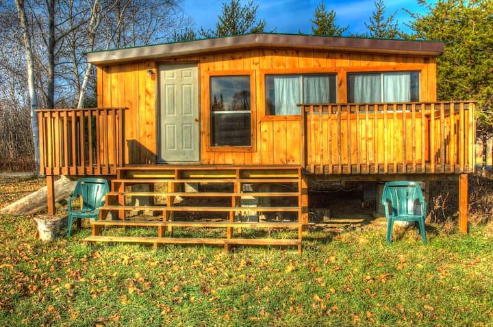 Northern Lake Cabin