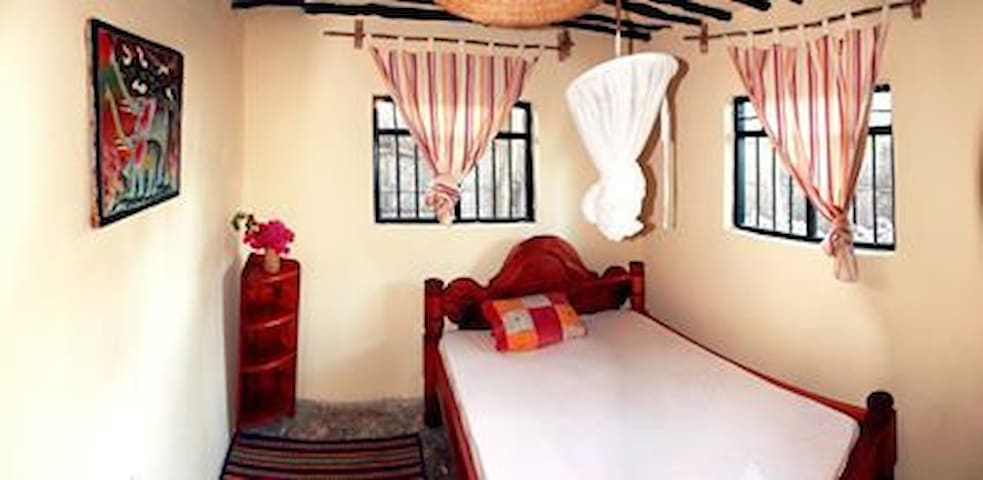 Nyamkwi White Sand Guest House - Jambiani - Bed & Breakfast