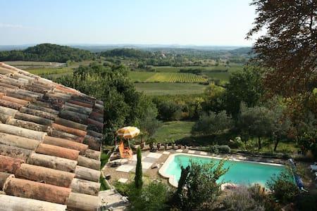 Superbe gîte aux pieds des Cevennes - Bagard - Villa