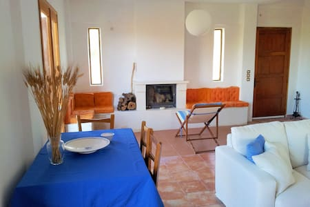 All Season Lovely Seafront Cottage - Trachilos - Huis