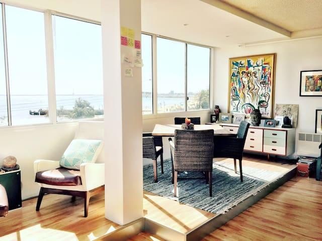Sunny Beachside Apartment - Saint Kilda - Apartamento