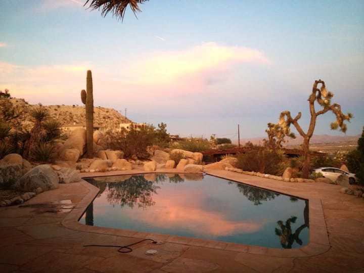 Mid-Century YV/JT Poolside Getaway w/ hot tub