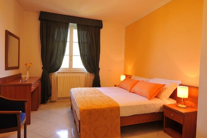 Holiday House Aurora in Cortona  - Camucia - Appartement