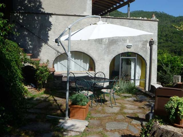 SBILENCA - Calice Ligure - Casa e giardino 5' mare - Calice Ligure - Apartment