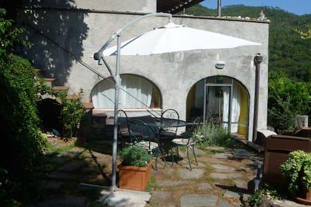 SBILENCA - Calice Ligure - Casa e giardino 5' mare - Calice Ligure