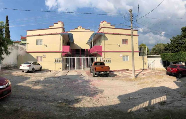 Condominio Castillo Tielemans. Dpto. privado # 1