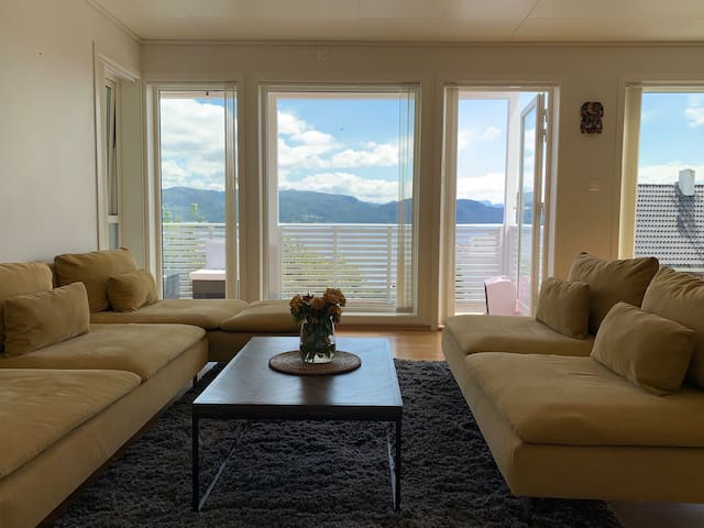 Apartment with fjord view near Pulpit Rock