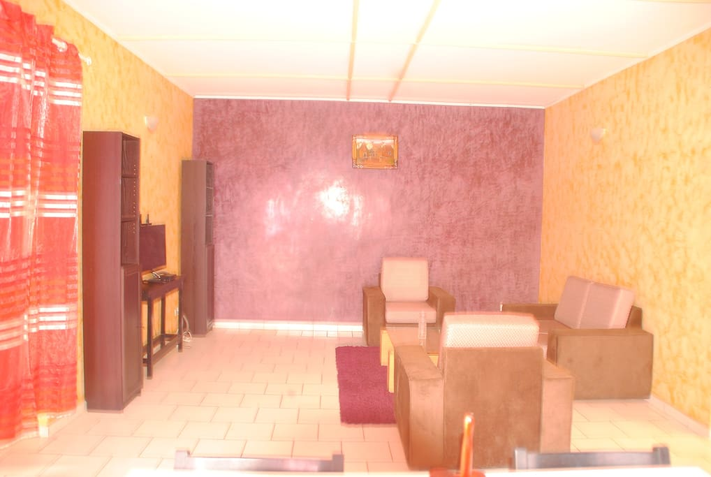 R sidence c e home luxueux appartements meubl s for Appartement meuble a yaounde cameroun