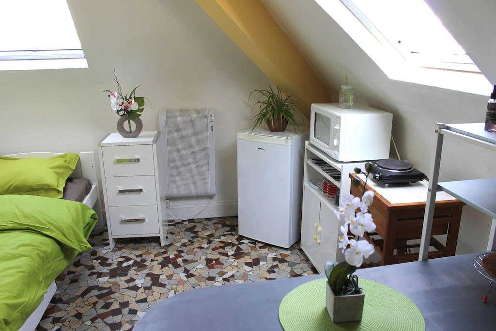 studio centre ville st francois le havre normandie. Black Bedroom Furniture Sets. Home Design Ideas