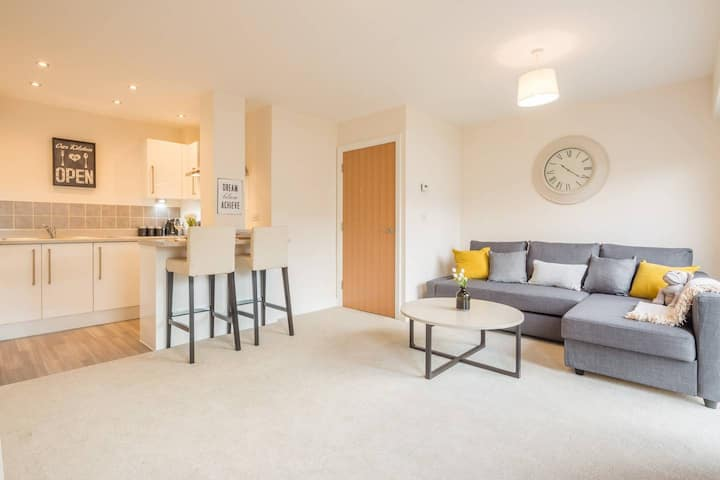 ✯ Deep Cleaned  Modern Apartment in Stevenage ✯