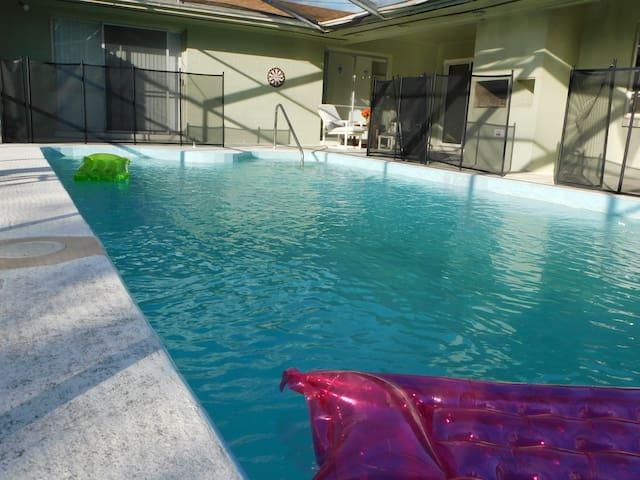 Oh... Soo Sweet Home!! By Universal! (HULK) - Orlando - Huis