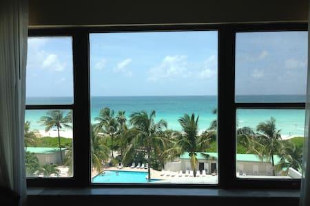 AMAZING OCEAN VIEW BEACHFRONT W/ POOL - Miami Beach - Wohnung