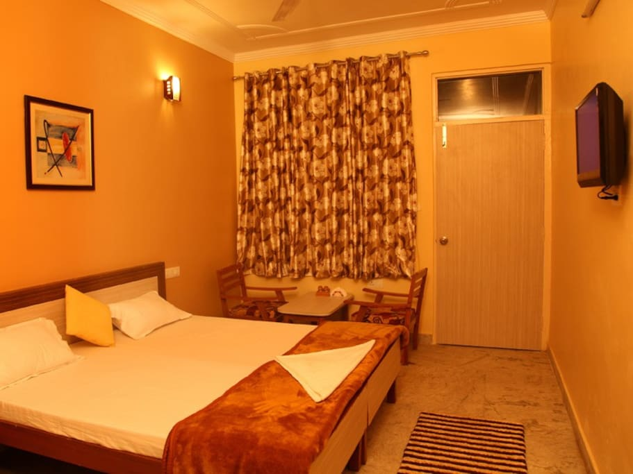 Rooms, A combination of value for money pricing, tasteful decor with a mix of aesthetics.