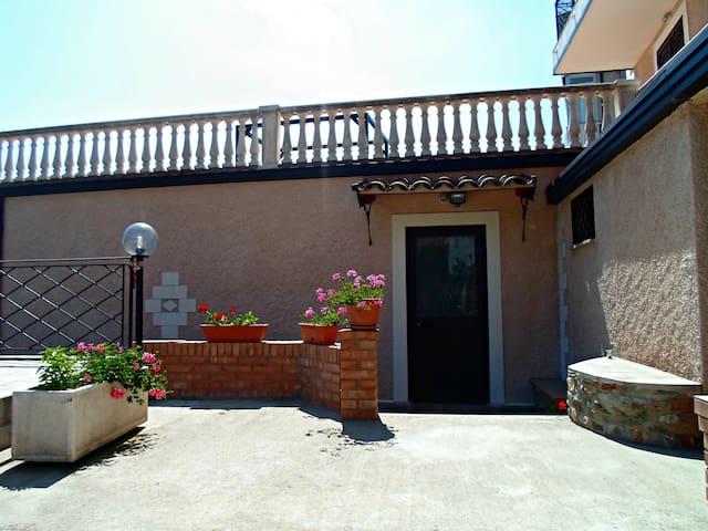 Accogliente casa vacanza a Gizzeria - Gizzeria - House