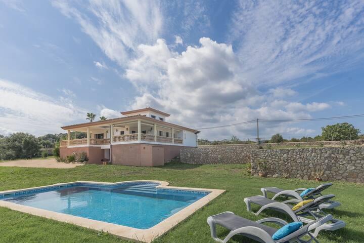 NEW! Ca Na Ferrera - Stunning villa, garden, pool