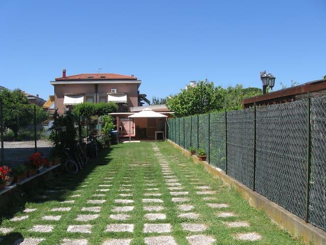 Wonderful holiday in Tuscany! - Livorno - Huis