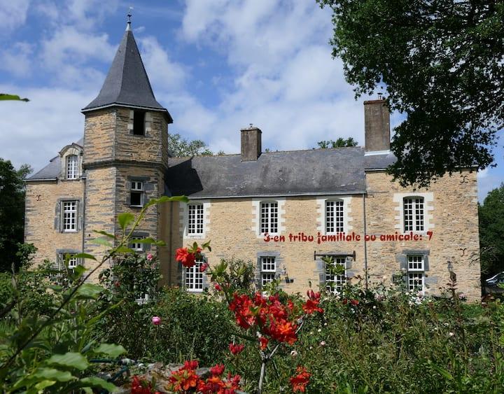 """Séjour au château en """"tribu"""" familiale ou amicale"""