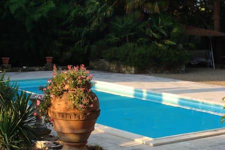Romantic Tuscan Villa & Pool - Licignano - Casa