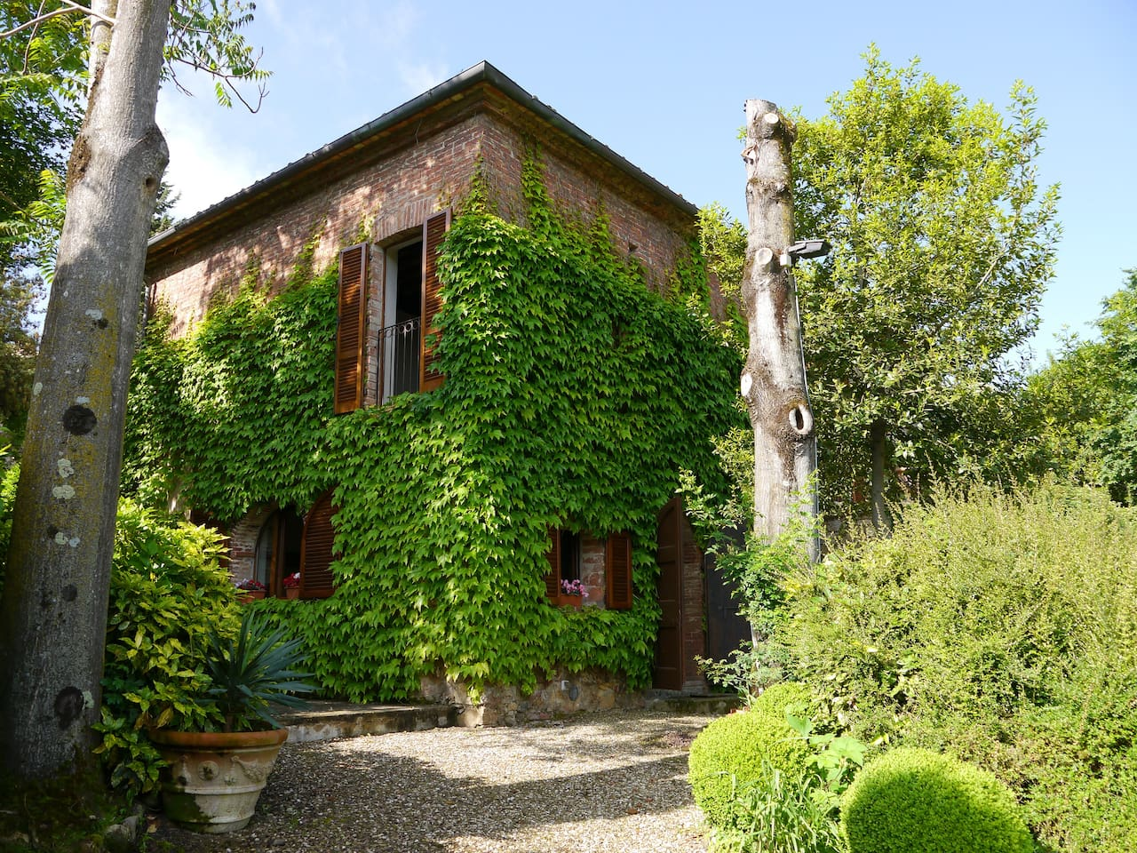 Romantic stone Villa for 4 people