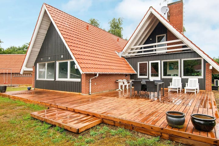 Exquisite Holiday Home in Glesborg with Sauna