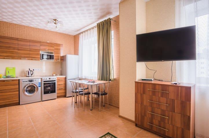 Новая, уютная, квартира - студия.