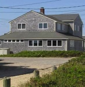 Beach House Rental 6 Beds 3 Baths - Ház