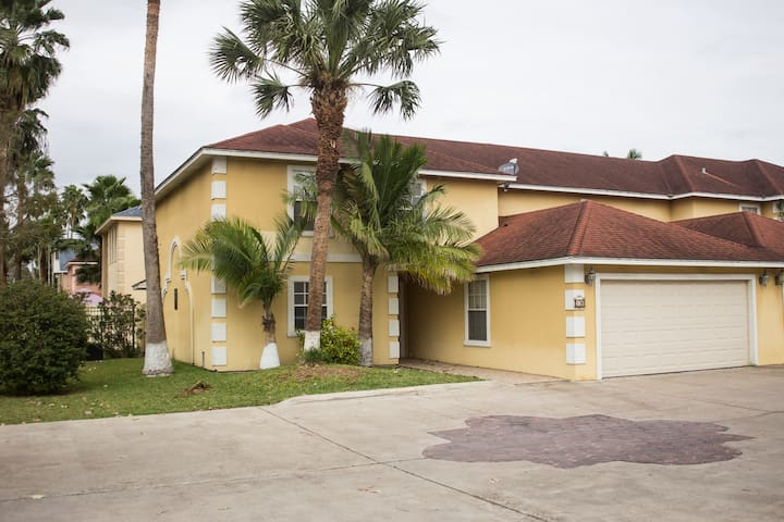 House for Rent at Brownsville, Tx. - Brownsville