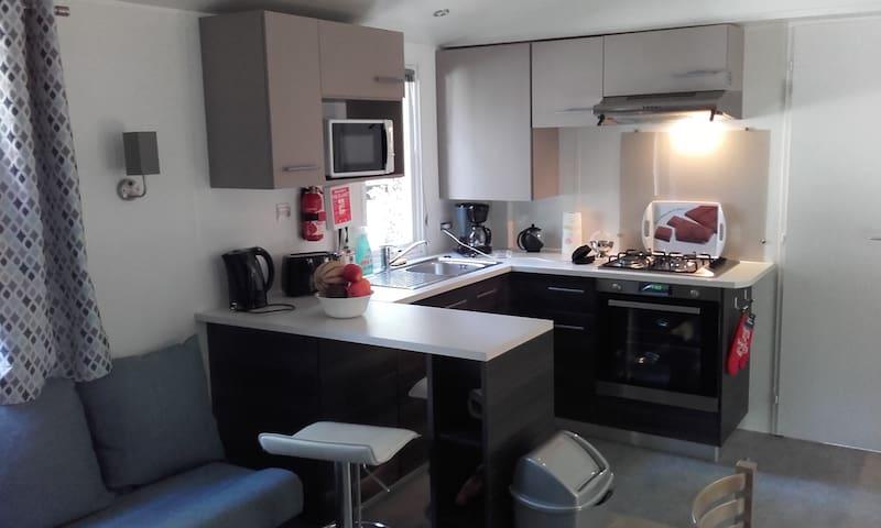 Mobil-home récent tout confort 43 m² - 300 m plage