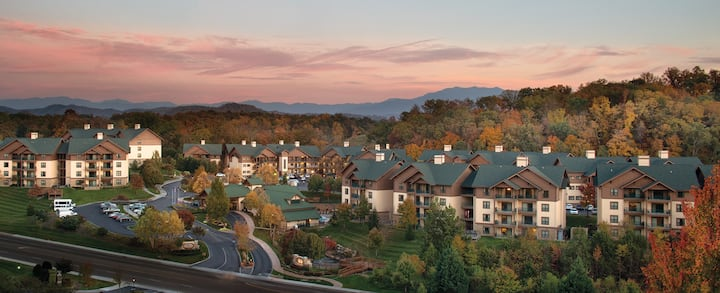 Wyndham Smoky Mountains 1BR Suite, SUNDAY Check-In