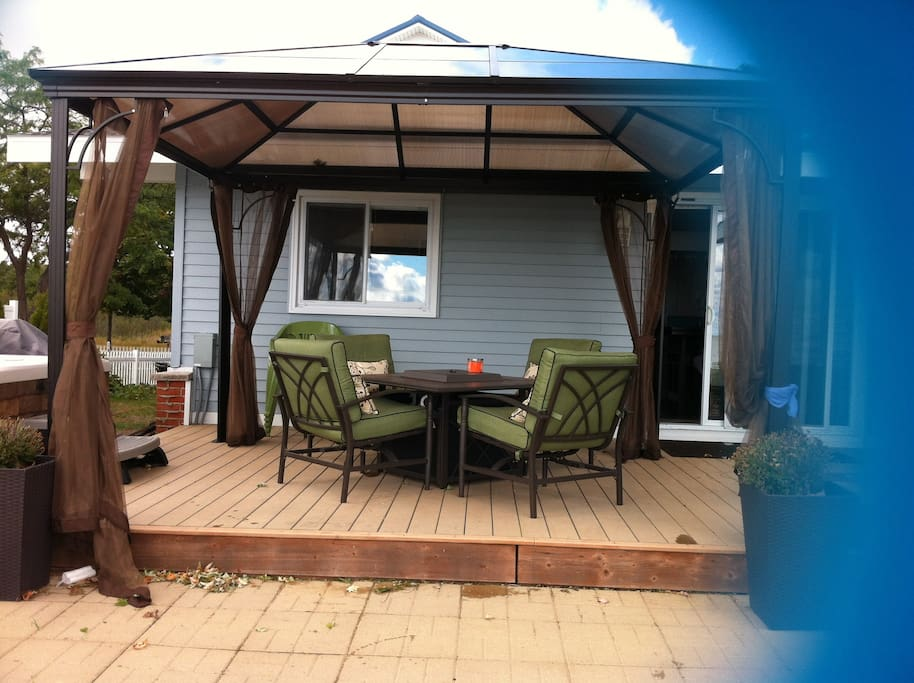 2 large sets available for patio with 8 full patio chairs plus 5 beach chairs