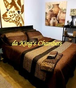 Da Kings' Chambers {Single Room}