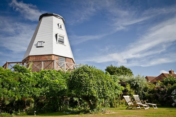 Old Smock Windmill in rural Kent - Benenden