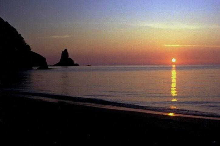 Agios Gordios beach