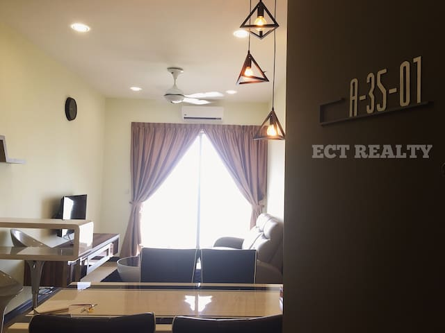 SILVERSCAPE RESIDENCE 2BRs SEA VIEW(A35-01) - Melaka - Apartment