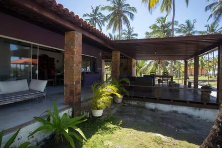 Charmosa Casa de Praia Mico-Leao , em Ilheus - BA.