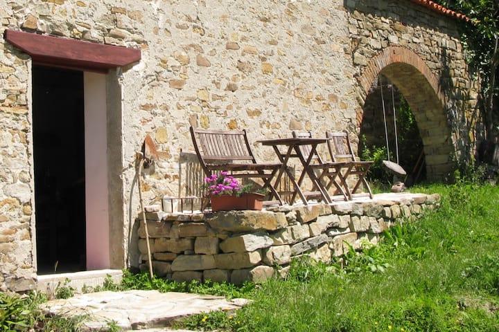 Villa Tella; Vakantiehuis met zwembad